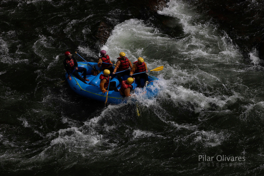 Whitewater rafting in the Urubamba river in Cuzco.  (Photo Pilar Olivares)......