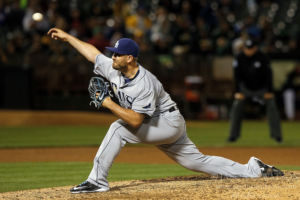 OAKLAND, CA - JULY 21:  Kevin Jepsen #40 of the Tampa Bay Rays pitches against the Oakland Athletics during the eighth inning at the Oakland Coliseum on July 21, 2016 in Oakland, California. (Photo by Jason O. Watson/Getty Images) *** Local Caption *** Kevin Jepsen