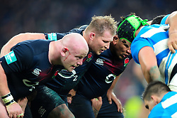 Dylan Hartley and the rest of the England front row pack down for a scrum - Mandatory byline: Patrick Khachfe/JMP - 07966 386802 - 26/11/2016 - RUGBY UNION - Twickenham Stadium - London, England - England v Argentina - Old Mutual Wealth Series.