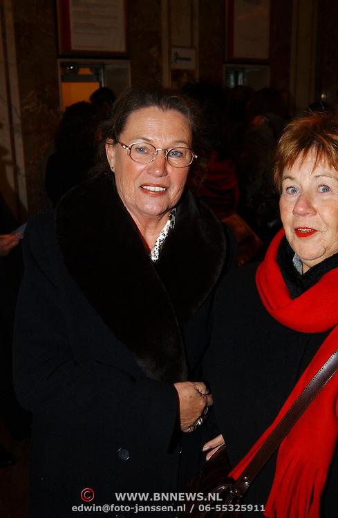 Premiere Wereldkerstcircus 2003, Lenie Bambergen