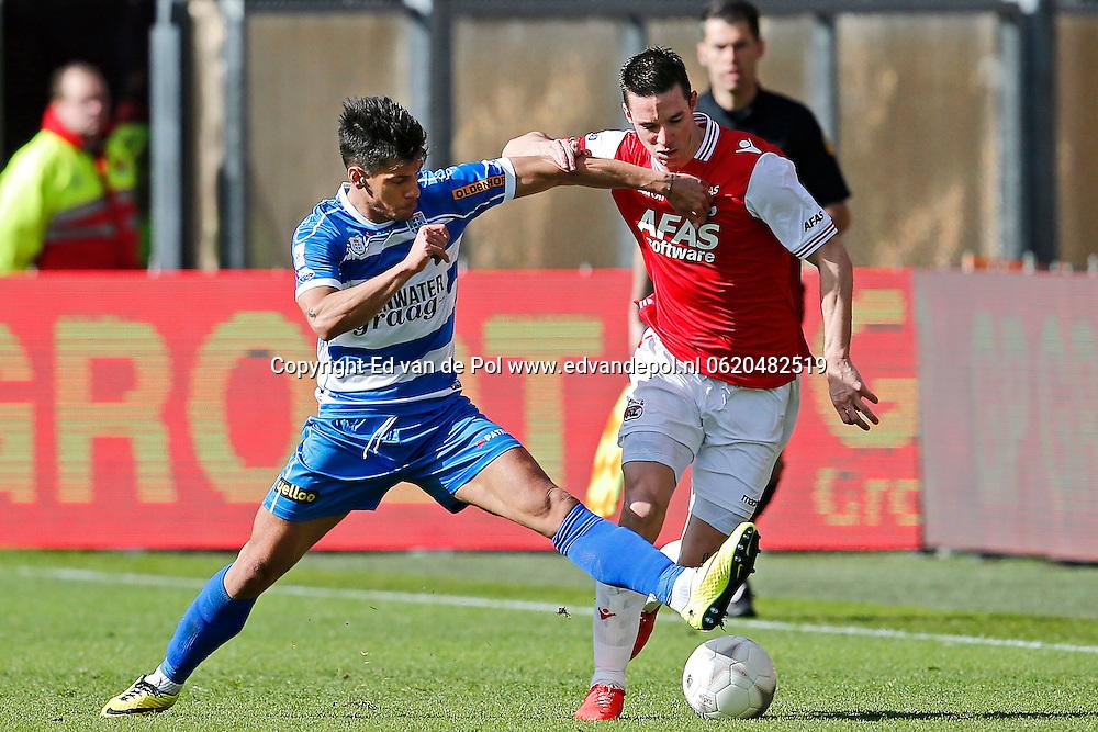 ALKMAAR - 23-03-2014, voetbal, eredivisie, AZ - PEC Zwolle, AFAS Stadion, 2-1, PEC Zwolle speler Athanasios Karagounis (l), AZ speler Nick Viergever (r).