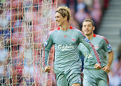 SUNDERLAND, ENGLAND - Saturday, August 16, 2008: Liverpool's Fernando Torres celebrates scoring the match-winning goal against Sunderland during the opening Premiership match of the season at the Stadium of Light. (Photo by David Rawcliffe/Propaganda)