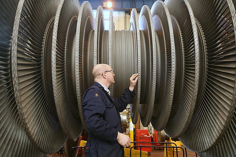 Turbine blades being serviced at Ferybridge Power Station - for NPower