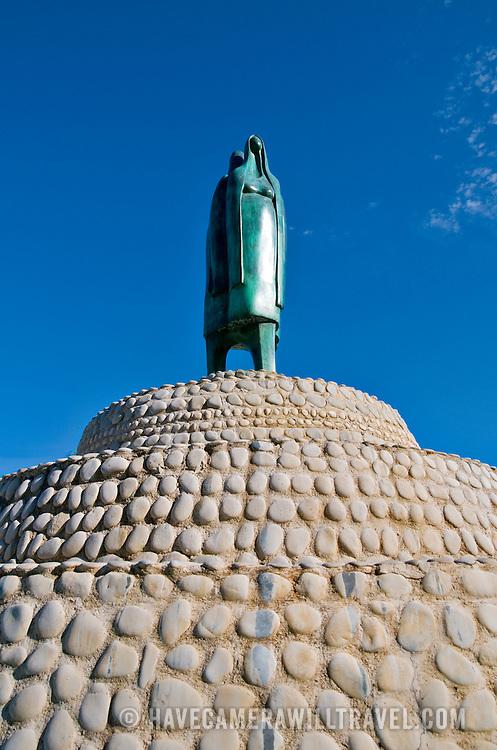 Statue in downtown Zihuatanejo, Mexico. Plaque reads: Fuente Cihuatlan   Angel Agurre Rivero