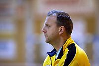 Håndball, 11. desember 2002. Eliteserien, Gildeserien herrer, Kragerø - Stord 25-32.  Gard Hansen, trener for Kragerø