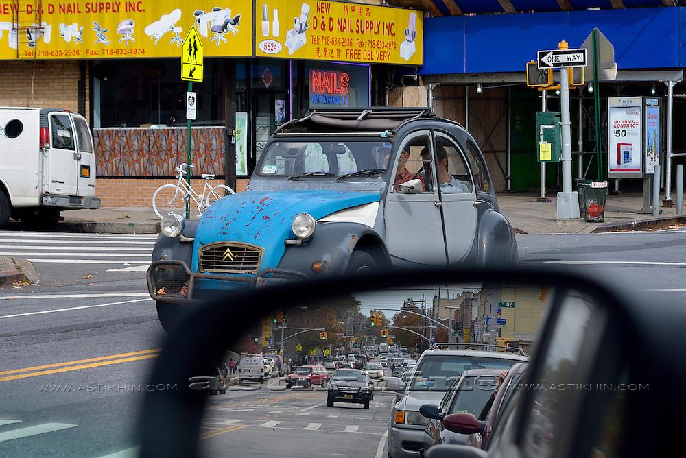 Citroen 2CV in Brooklyn, NYC 2012.