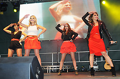 APR 4 2013 The Saturdays - Aintree Grand National