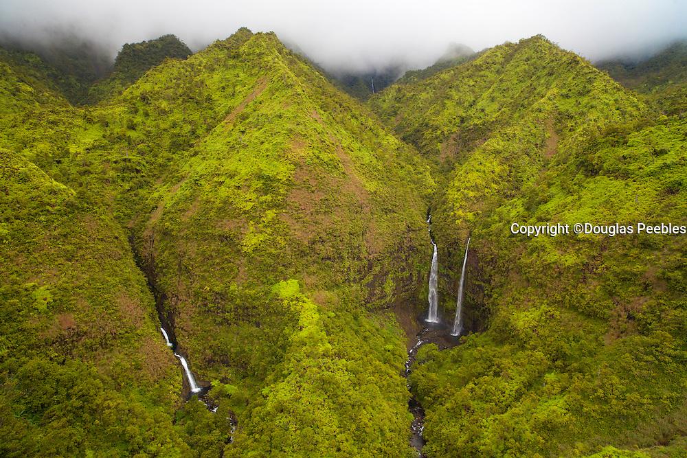 Hanalei twin Waterfall, Kauai, Hawaii