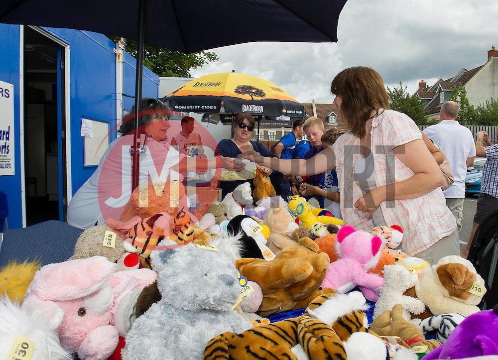 - Photo mandatory by-line: Dougie Allward/JMP - Mobile: 07966 386802 27/07/2014 - SPORT - FOOTBALL - Bristol - Bristol Rovers - - Memorial Stadium - Fun Day