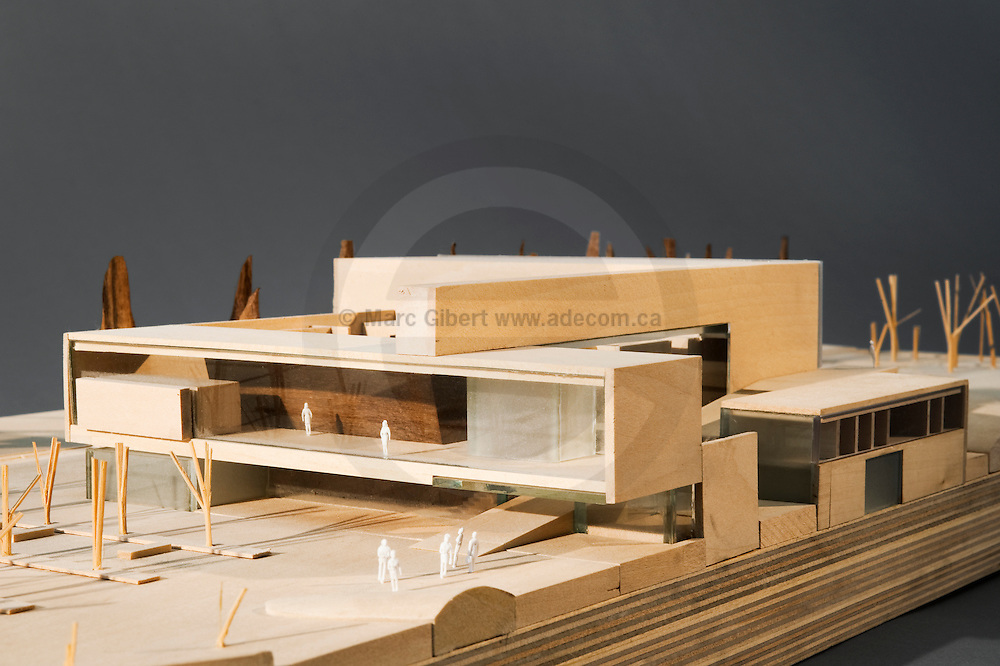 Architectural model study photography exibit at monopoli for Maquette d architecture