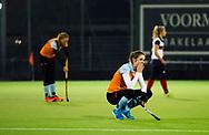 HUIZEN - hoofdklasse competitie dames, Huizen-Groningen (1-1).  Teleurstelling bij speelsters van Groningen.  COPYRIGHT KOEN SUYK