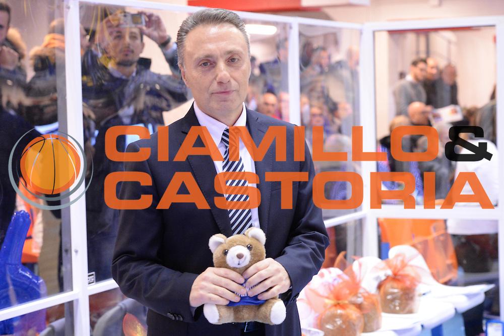 DESCRIZIONE : Brindisi  Lega A 2014-15 Enel Brindisi Upea Capo d'Orlando<br /> GIOCATORE : Bucchi Piero <br /> CATEGORIA : Teddy Bear Toss<br /> SQUADRA : Enel Brindisi<br /> EVENTO : Campionato Lega A 2014-2015<br /> GARA :Enel Brindisi Upea Capo d'Orlando<br /> DATA : 21/12/2014<br /> SPORT : Pallacanestro<br /> AUTORE : Agenzia Ciamillo-Castoria/M.Longo<br /> Galleria : Lega Basket A 2014-2015<br /> Fotonotizia : <br /> Predefinita :