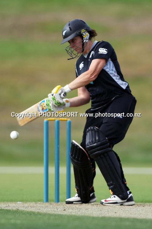 Victoria Lind batting, New Zealand White Ferns v Australia, Rosebowl cricket series, One day international, Queenstown Events Centre, Queenstown. 3 March 2010. Photo: William Booth/PHOTOSPORT