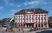 Deutschland, Germany,Baden-Wuerttemberg.Schwarzwald.Gengenbach, Rathaus und Röhrbrunnen.Gengenbach, guild hall, fountain...