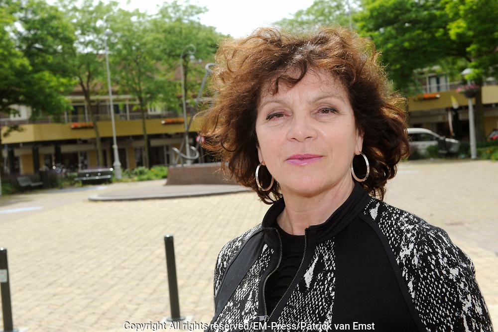 Perspresentatie van het toneelstuk The Normal Heart in het Zonnehuis in Amsterdam.<br /> <br /> Op de foto:  Henriette Tol