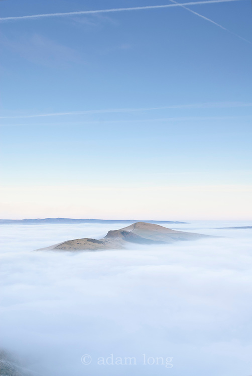 Lose Hill and Back Tor emerge from the mist, Peak District
