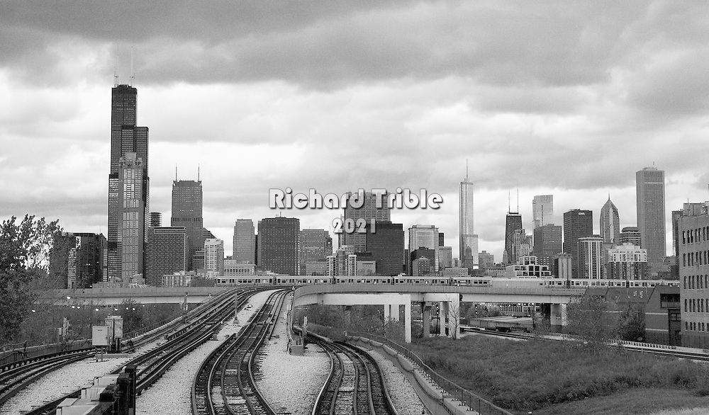 The Chicago skyline from the Chinatown station