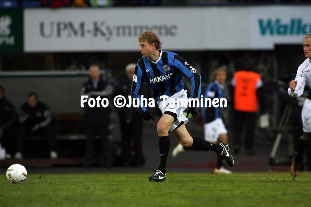 23.04.2007, Tehtaankentt?, Valkeakoski, Finland..Veikkausliiga 2007 - Finnish League 2007.FC Haka Valkeakoski - FC Inter Turku.Miikka Ilo - Inter.©Juha Tamminen.....ARK:k