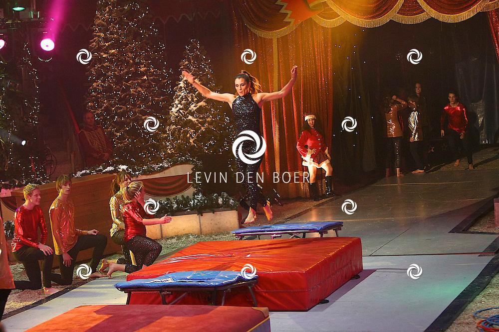 HELMOND - In de tent van Circus Herman Renz werden de opnames van de RTL4 KidsRights KerstSterrenCircus opgenomen. Met op de foto Quinty Trustfull. FOTO LEVIN DEN BOER / PERSFOTO.NU