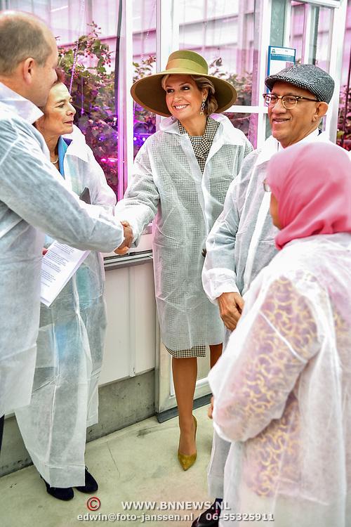 NLD/Bleiswijk/20181122 - Koningin Maxima en president Halimah brengenbezoek aan Horticultural Centre Bleiswijk, Koningin Maxima en President Halimah Yacob