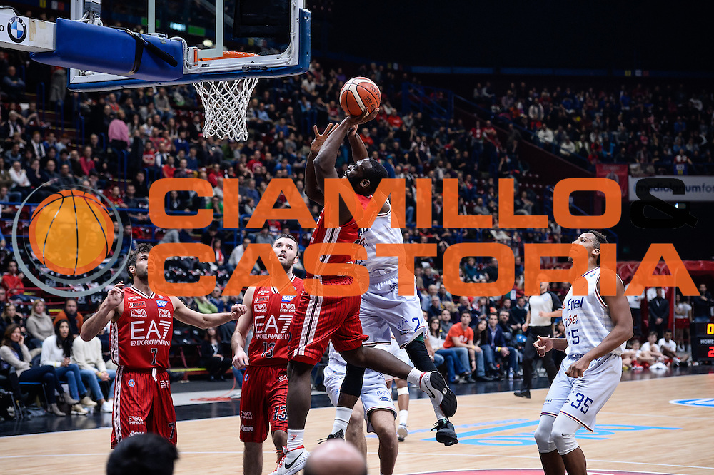 DESCRIZIONE : Milano Lega A 2015-16 <br /> GIOCATORE : Charles Jenkins<br /> CATEGORIA : Tiro<br /> SQUADRA : Olimpia EA7 Emporio Armani Milano<br /> EVENTO : Campionato Lega A 2015-2016<br /> GARA : Olimpia EA7 Emporio Armani Milano Enel Brindisi<br /> DATA : 20/12/2015<br /> SPORT : Pallacanestro<br /> AUTORE : Agenzia Ciamillo-Castoria/M.Ozbot<br /> Galleria : Lega Basket A 2015-2016 <br /> Fotonotizia: Milano Lega A 2015-16