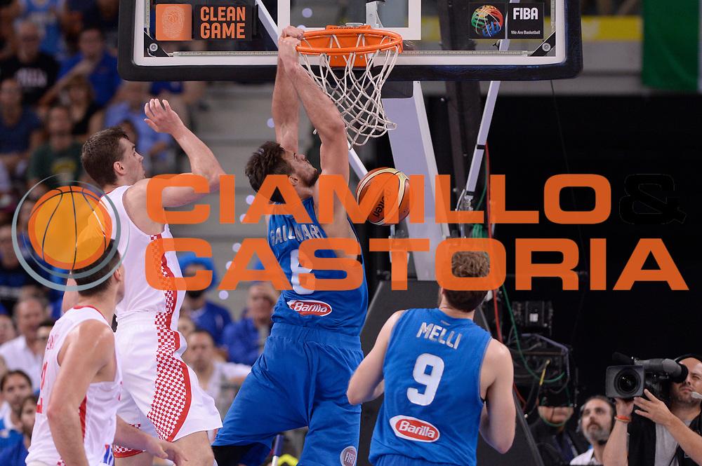 DESCRIZIONE: Torino Turin 2016 FIBA Olympic Qualifying Tournament Finale Final Italia Croazia Italy Croatia<br /> GIOCATORE : Danilo Gallinari<br /> CATEGORIA : controcampo schiacciata sequenza<br /> SQUADRA : Italia Italy<br /> EVENTO : 2016 FIBA Olympic Qualifying Tournament <br /> GARA : 2016 FIBA Olympic Qualifying Tournament Finale Final Italia Croazia Italy Croatia<br /> DATA : 09/07/2016<br /> SPORT: Pallacanestro<br /> AUTORE : Agenzia Ciamillo-Castoria/Max.Ceretti <br /> Galleria : 2016 FIBA Olympic Qualifying Tournament <br /> Fotonotizia : Torino Turin 2016 FIBA Olympic Qualifying Tournament Finale Final Italia Croazia Italy Croatia<br /> Predefinita :