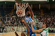 DESCRIZIONE : Avellino Lega A 2014-15 Sidigas Avellino Banco di Sardegna Sassari<br /> GIOCATORE : Shane Lawal<br /> CATEGORIA : schiacciata<br /> SQUADRA : Banco di Sardegna Sassari<br /> EVENTO : Campionato Lega A 2014-2015<br /> GARA : Sidigas Avellino Banco di Sardegna Sassari<br /> DATA : 15/03/2015<br /> SPORT : Pallacanestro <br /> AUTORE : Agenzia Ciamillo-Castoria/A. De Lise<br /> Galleria : Lega Basket A 2014-2015 <br /> Fotonotizia : Avellino Lega A 2014-15 Sidigas Avellino Banco di Sardegna Sassari