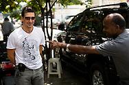El bailarin argentino, Julio Bocca durante su visita a Caracas con motivo del festival de danza VIVA NEBRADA, evento que rinde tributo al maestro de la danza venezolana, Vicente Nebrada. 31-07-08 (ivan gonzalez)