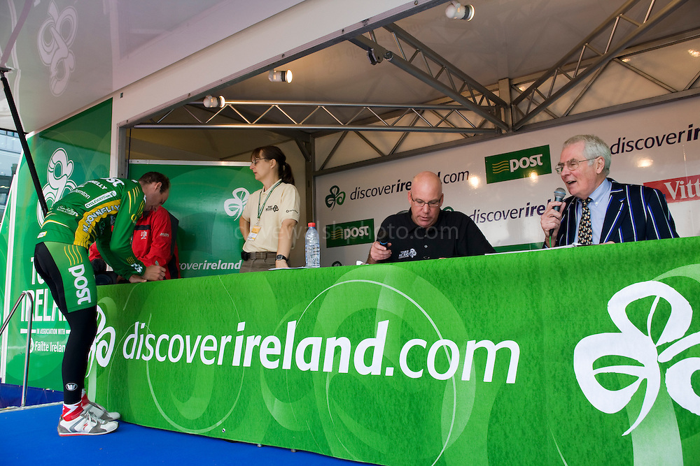 Vetern commentator David Duffield (right) at the Tour of Ireland  Stage 1 signon, Grand Canal Square, Dublin 2