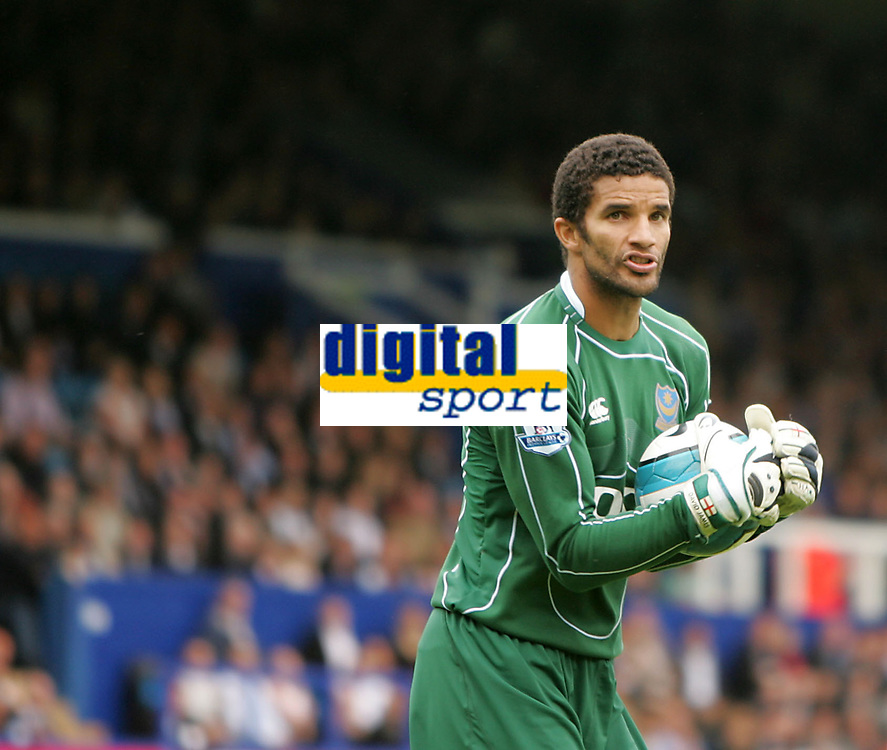 Photo: Lee Earle.<br /> Portsmouth v Bolton Wanderers. The FA Barclays Premiership. 18/08/2007.Portsmouth keeper David James.