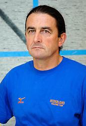 12-05-2005 VOLLEYBAL: TEAMPRESENTATIE: AMSTELVEEN<br /> Ivo Martinovic<br /> ©2005-WWW.FOTOHOOGENDOORN
