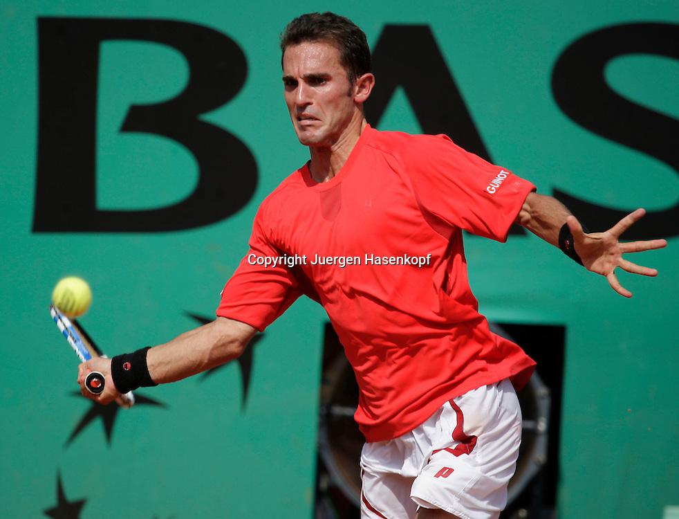 French Open 2009, Roland Garros, Paris, Frankreich,Sport, Tennis, ITF Grand Slam Tournament,  <br /> <br /> Alberto Martin (ESP)<br /> <br /> Foto: Juergen Hasenkopf