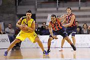 DESCRIZIONE : Ancona Lega A 2012-13 Sutor Montegranaro Angelico Biella<br /> GIOCATORE : Valerio Mazzola<br /> CATEGORIA : palleggio difesa<br /> SQUADRA : Sutor Montegranaro<br /> EVENTO : Campionato Lega A 2012-2013 <br /> GARA : Sutor Montegranaro Angelico Biella<br /> DATA : 02/12/2012<br /> SPORT : Pallacanestro <br /> AUTORE : Agenzia Ciamillo-Castoria/C.De Massis<br /> Galleria : Lega Basket A 2012-2013  <br /> Fotonotizia : Ancona Lega A 2012-13 Sutor Montegranaro Angelico Biella<br /> Predefinita :