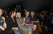 Julian Macdonald, Donna Air, Sara Cox and Zoe Ball. Topshop Fashion Show and party. Berkeley Sq. London. 19  September 2005. ONE TIME USE ONLY - DO NOT ARCHIVE © Copyright Photograph by Dafydd Jones 66 Stockwell Park Rd. London SW9 0DA Tel 020 7733 0108 www.dafjones.com