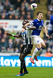 25.03.2014, St. James Park, Newcastle, ENG, Premier League, Newcastle United vs FC Everton, 28. Runde, im Bild Everton's Leighton Baines in action against Newcastle United's Moussa Sissoko // during the English Premier League 28th round match between Newcastle United and Everton FC at the St. James Park in Newcastle, Great Britain on 2014/03/25. EXPA Pictures © 2014, PhotoCredit: EXPA/ Propagandaphoto/ David Rawcliffe<br /> <br /> *****ATTENTION - OUT of ENG, GBR*****