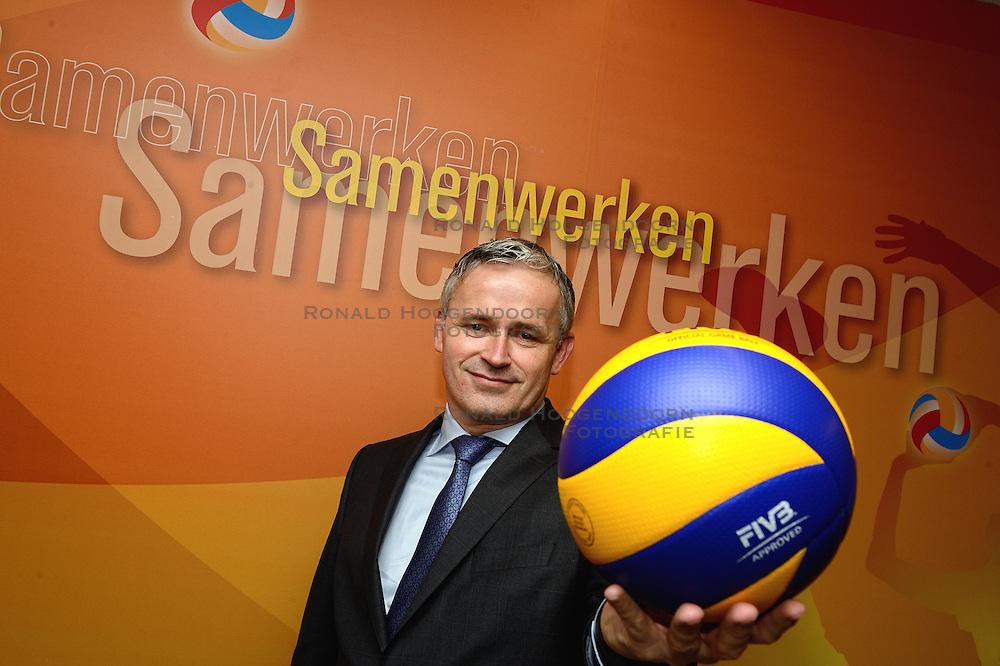 12-12-2015 NED: Portret Peter Sprenger, Nieuwegein<br /> De Nederlandse volleybalbond Nevobo heeft in Peter Sprenger een nieuwe voorzitter gevonden.