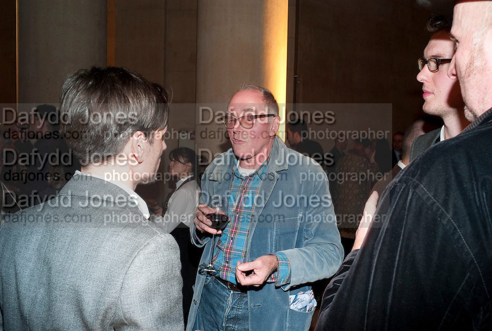 RICHARD WENTWORTH, Archive 40 Reception. 40th Anniversary of the Tate archive. Tate Britain. Millbank. London. 25 October 2010. -DO NOT ARCHIVE-© Copyright Photograph by Dafydd Jones. 248 Clapham Rd. London SW9 0PZ. Tel 0207 820 0771. www.dafjones.com.