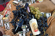 "Rome September 24 th 2 8    .Conference "" The Tuscany of the taste ""  .Chianti and Vermentino red wine...Roma 24 Settembre 2008.Convegno "" La Toscana del gusto"" .Vino Chianti e Vermentino."
