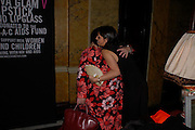 Rhys Ifans and Dawn French. MAC VIVA GLAM V party launching MAC Cosmetics latest charity lipstick at Home House. London. April 21 2005n. All proceeds go straight to the MAC AIDS Fund,. ONE TIME USE ONLY - DO NOT ARCHIVE  © Copyright Photograph by Dafydd Jones 66 Stockwell Park Rd. London SW9 0DA Tel 020 7733 0108 www.dafjones.com