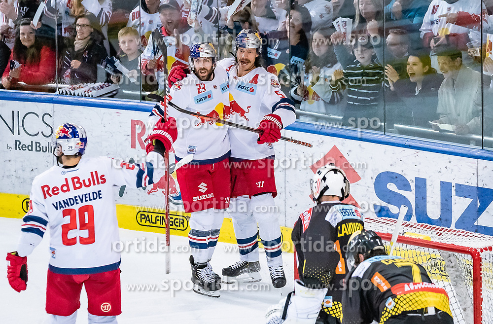 09.04.2019, Eisarena, Salzburg, AUT, EBEL, EC Red Bull Salzburg vs Vienna Capitals, Halbfinale, 6. Spiel, im Bild v.l.: Tojubel Salzburg, Christopher Vandevelde (EC Red Bull Salzburg), Brant Harris (EC Red Bull Salzburg), Thomas Raffl (EC Red Bull Salzburg) // during the Erste Bank Icehockey 6th semifinal match between EC Red Bull Salzburg vs Vienna Capitals at the Eisarena in Salzburg, Austria on 2019/04/09. EXPA Pictures © 2019, PhotoCredit: EXPA/ JFK
