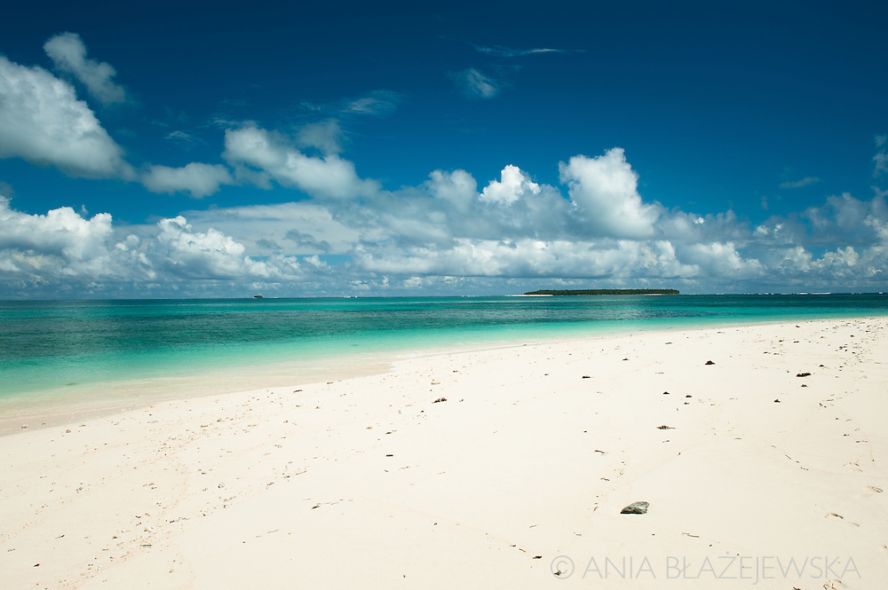 Philippines, Siargao. Beach on Naked Island Island, one of the tropical islands of the archipelago.