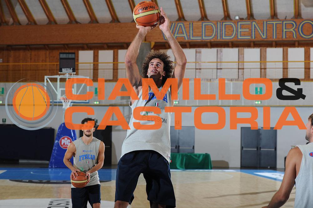 DESCRIZIONE : Bormio Raduno Collegiale Nazionale Italiana Maschile Allenamento<br /> GIOCATORE : Luigi Datome<br /> CATEGORIA : Allenamento Ritratto<br /> SQUADRA : Nazionale Italia Uomini <br /> EVENTO : Raduno Collegiale Nazionale Italiana Maschile <br /> GARA : Allenamento<br /> DATA : 20/07/2011<br /> SPORT : Pallacanestro <br /> AUTORE : Agenzia Ciamillo-Castoria/GiulioCiamillo<br /> Galleria : Fip Nazionali 2011 <br /> Fotonotizia : Bormio Raduno Collegiale Nazionale Italiana Maschile Allenamento<br /> Predefinita :