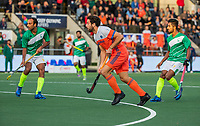 AMSTELVEEN - Valentin Verga (Ned)   tijdens  de tweede  Olympische kwalificatiewedstrijd hockey mannen ,  Nederland-Pakistan (6-1). Oranje plaatst zich voor de Olympische Spelen 2020.   COPYRIGHT KOEN SUYK