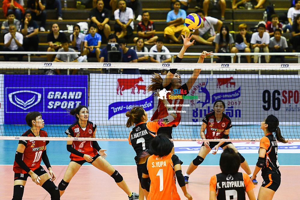 BANGKOK, THAILAND - MARCH 24: Chitaporn Kamlangmak of Khon Kaen Star #11 in action during the 2017 Women's Volleyball Thai-Denmark Super League, MCC Hall The Mall , Bangkok, Thailand on March 24, 2017.<br /> .<br /> .<br /> .<br /> (Photo by: Naratip Golf Srisupab/SEALs Sports Images)<br /> .<br /> Any image use must include a mandatory credit line adjacent to the content which should read: Naratip Golf Srisupab/SEALs Sports Images