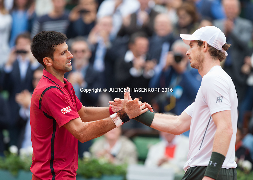 Andy Murray gratuliert dem Sieger Novak Djokovic (SRB) Herren Finale, Endspiel,<br /> <br /> Tennis - French Open 2016 - Grand Slam ITF / ATP / WTA -  Roland Garros - Paris -  - France  - 5 June 2016.