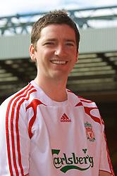 LIVERPOOL, ENGLAND - Thursday, September 6, 2007: Liverpool FC.TV presenter Peter McDowall at Anfield. (Photo by David Rawcliffe/Propaganda)
