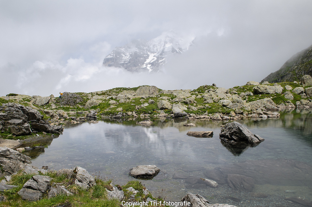 Foto von Oberhornsee in hinteren Lauterbrunnental