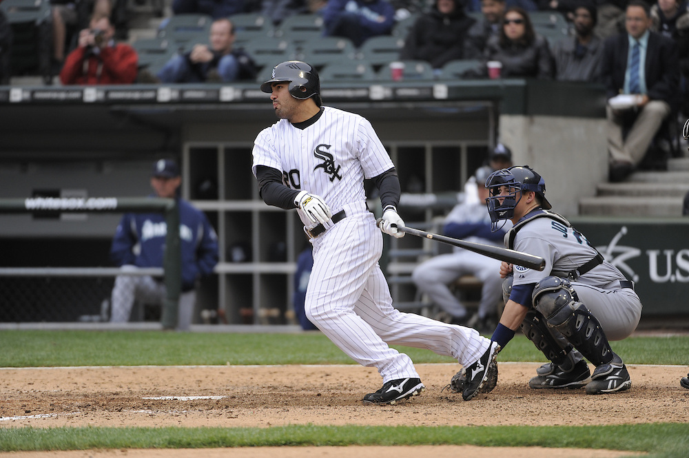 CHICAGO - APRIL 29:  Carlos Quentin #20 of the Chicago White Sox bats against the Seattle Mariners on April 29, 2009 at U.S. Cellular Field in Chicago, Illinois.  The White Sox defeated the Mariners 6-3.  (Photo by Ron Vesely/MLB Photos via Getty Images)  *** Local Caption *** Carlos Quentin.