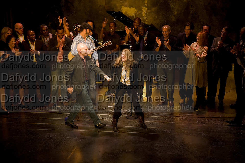 PATRICK STEWART AND PATTI SMITH,  'Cries from the Heart' presented by Human Rights Watch at the Theatre Royal Haymarket. London. Party afterwards at the Haymarket Hotel. June 8, 2008 *** Local Caption *** -DO NOT ARCHIVE-© Copyright Photograph by Dafydd Jones. 248 Clapham Rd. London SW9 0PZ. Tel 0207 820 0771. www.dafjones.com.