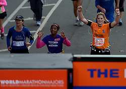 03-11-2013 ALGEMEEN: BVDGF NY MARATHON: NEW YORK <br /> De NY marathon werd weer een groot succes voor de BvdGf. Alle lopers hebben met prachtige tijden de finish gehaald / Tessel finisht in 5:32:25<br /> ©2013-FotoHoogendoorn.nl